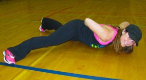 one arm plank by Karie Underwood